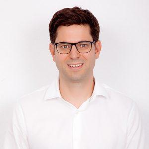 Dr. Hannes Kroll